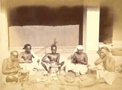 Sonars (goldsmith caste) at work, Cuttack 4931